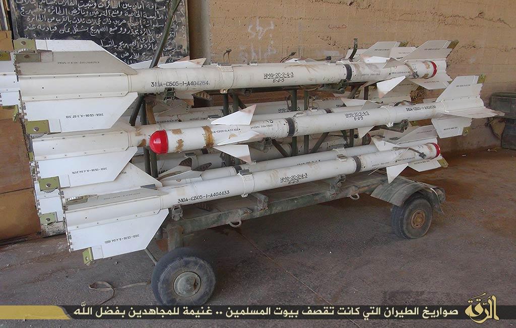 ID-Captured-Syrian-Air-Force-R-3S-air-to-air-missiles-181014a