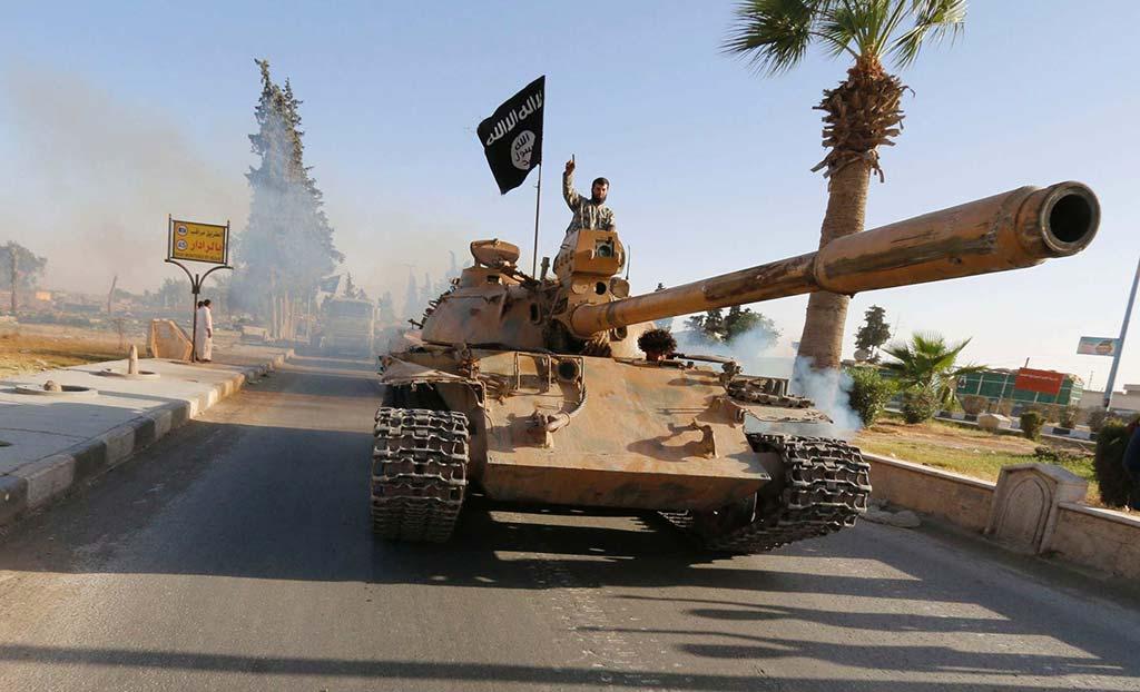 ISIS T-55 MBT (Photo by bc.net.au)