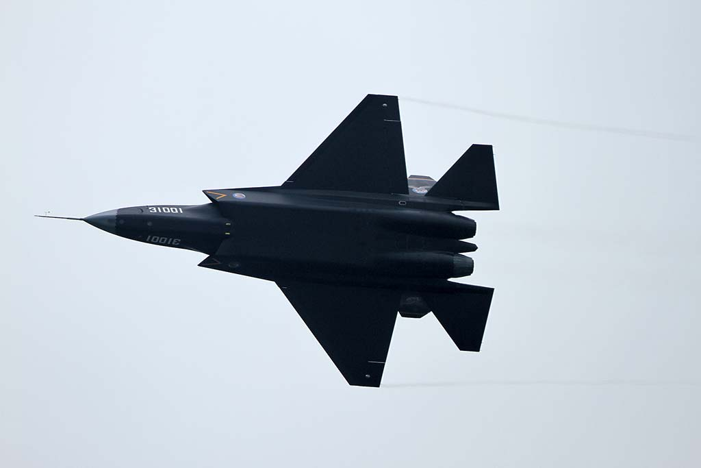 China unveiled its FC-31 stealth export fighter for the world to see at Airshow China in Zhuhai. The Avic Shenyang-built aircraft features twin engines, low-observable airframe, and an internal weapons bay.(Photo by Aviation Week ShowNews staff aviationweek.com)