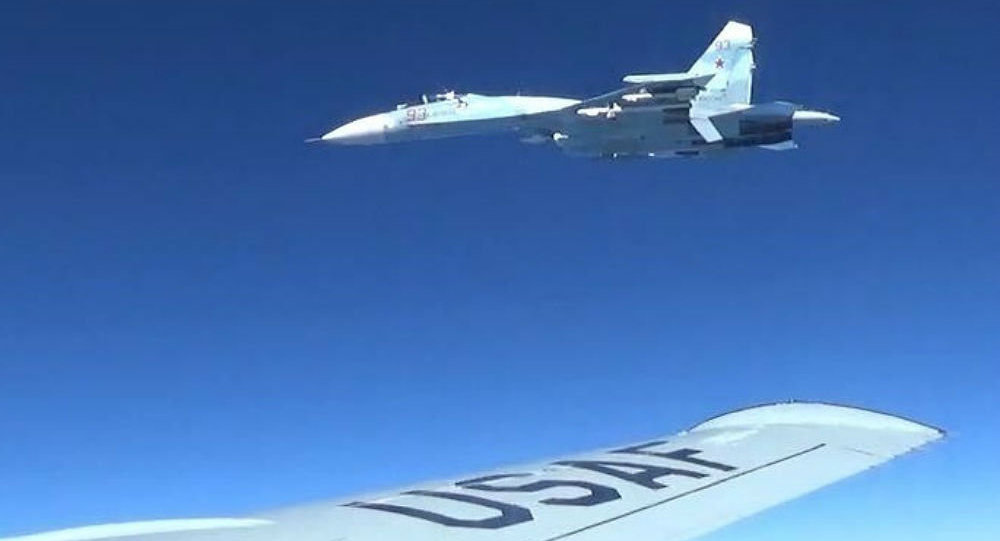 Russian Air Force Su-27 intercepted reconnaissance aircraft