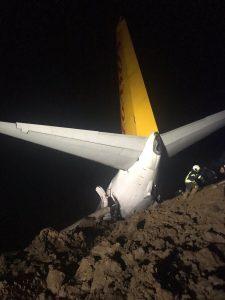 Pegasus Airlines Boeing 737-800 (TC-CPF) overrun
